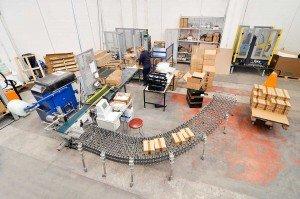 servizio di confezionamento e packaging - rullo trasportatore